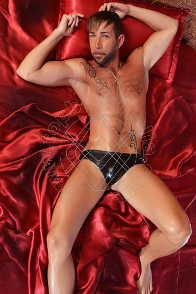 Rosso fetish torino gay a macerata