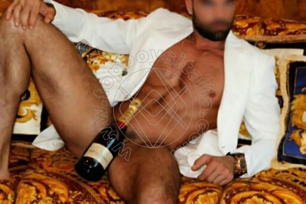 annunci gay venezia rosso fetish brescia