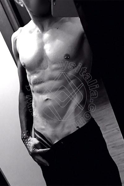 Foto hot di Luca Il Tatuato boys Milano